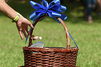 Giving basket at Mountain Day