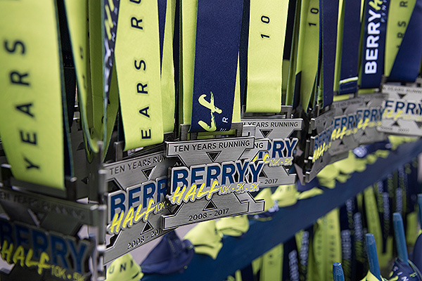 09 - Race medals